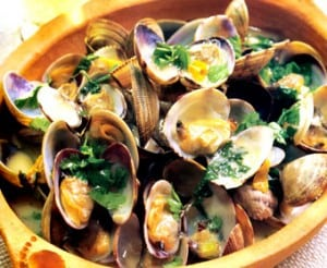 Fishy Garlic Clams